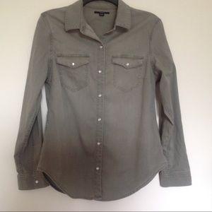 🛒CLEARANCE3/$20 ‼️Tahari shirt